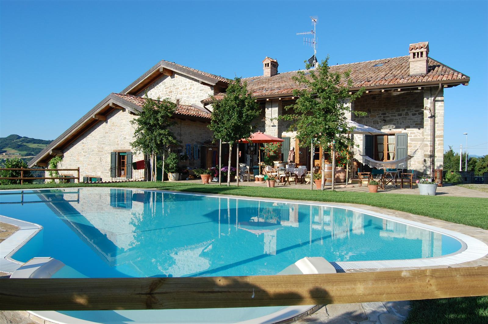 Casa con piscina caseloft s r l immobiliare sassuolo for Ammobiliare casa